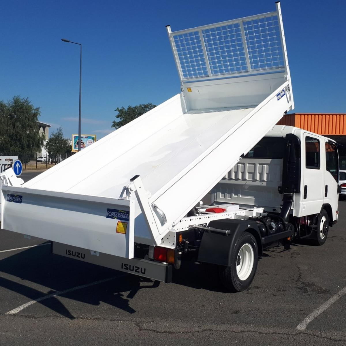 Isuzu M21 Large Double Cab Usabilita
