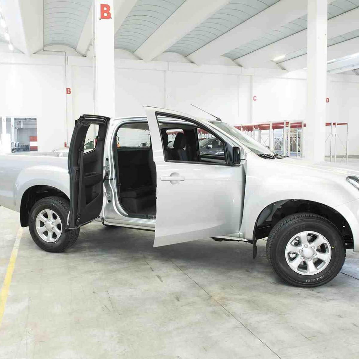 Isuzu D-Max Space Solar Plus Design